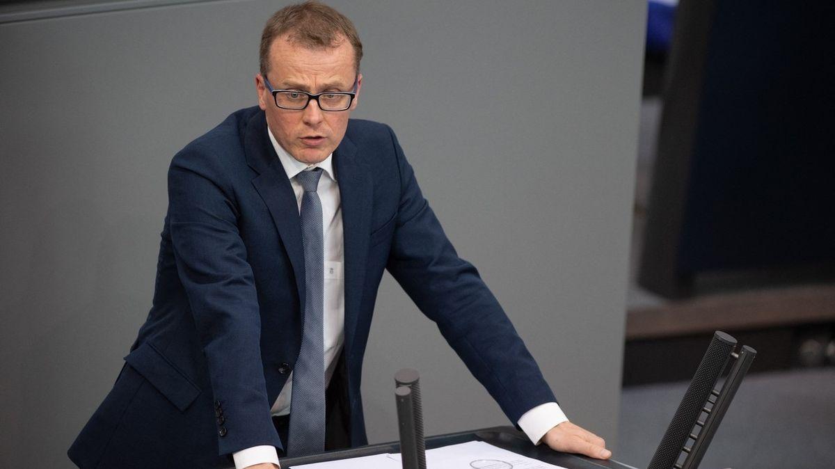 Za kontroly na hranicích si ČR může sama, je odstrašujícím příkladem, vzkázal německý poslanec