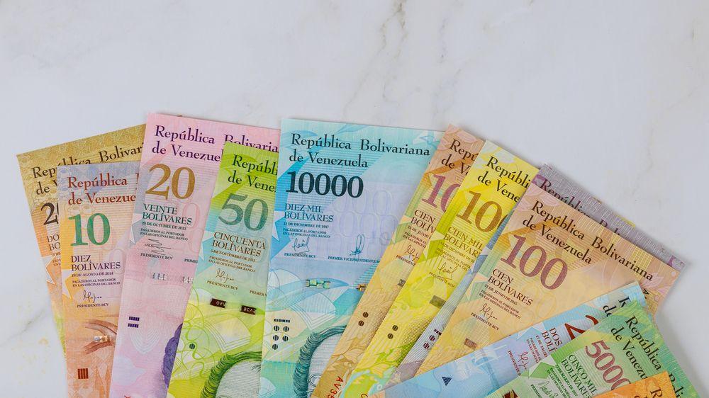 Milion na jediné bankovce. Venezuela chystá změny kvůli hyperinflaci