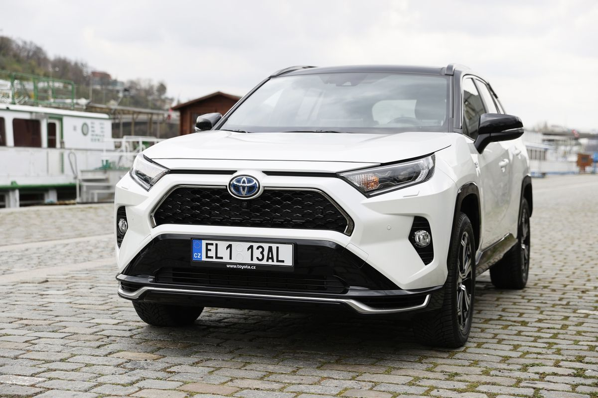 Toyota RAV4 Plug-in Hybrid AWD-i