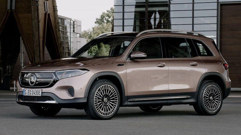 Mercedes EQB se představuje jako elektrická alternativa praktického SUV