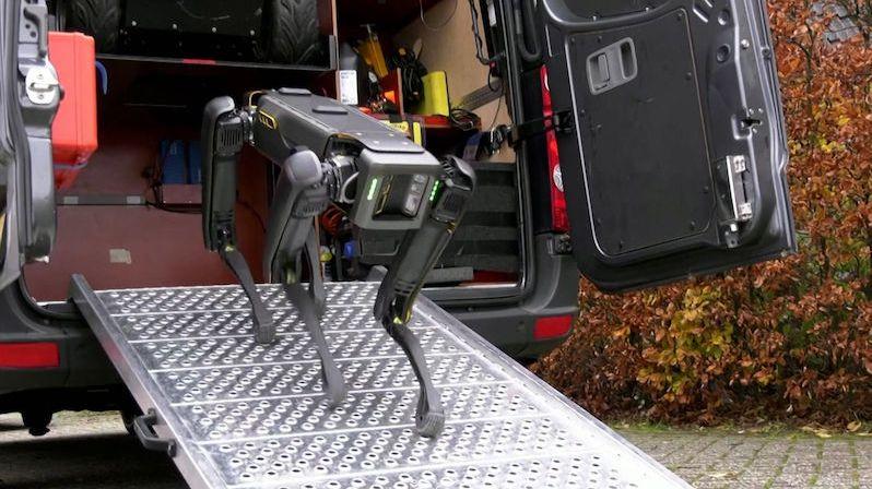 Nizozemsko začne při vyhledávání drog používat robotického psa
