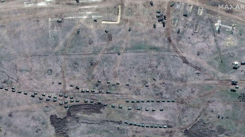 Rusko přesunulo na Krym moderní bombardéry