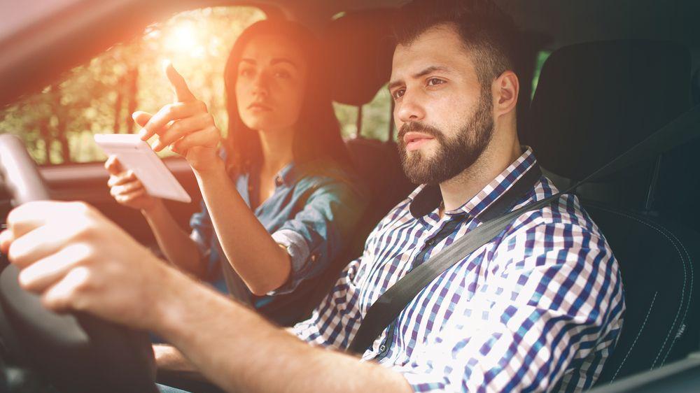 Dovolená autem se může prodražit. Pozor na pokuty, nehodu i mikrospánek