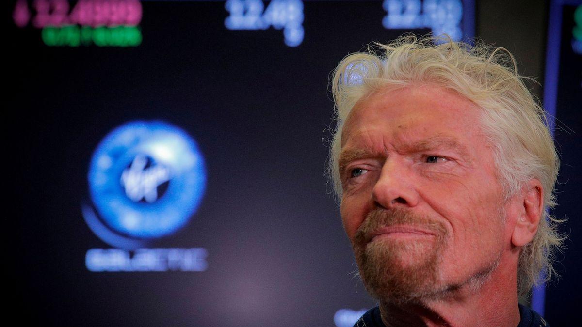 Virgin Galactic zdražila cestu do kosmu. Zájemce si musí připravit minimálně deset milionů korun