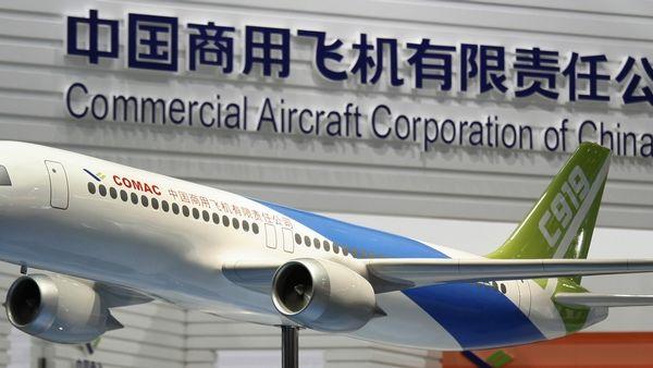 Číňané vyrazili proti Boeingu a Airbusu
