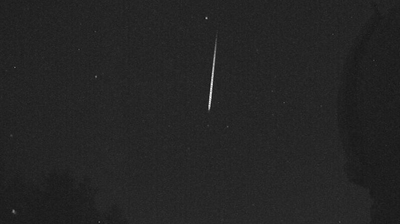 Vrcholil meteorický roj Perseidy. Podívejte se na videa od astronomů