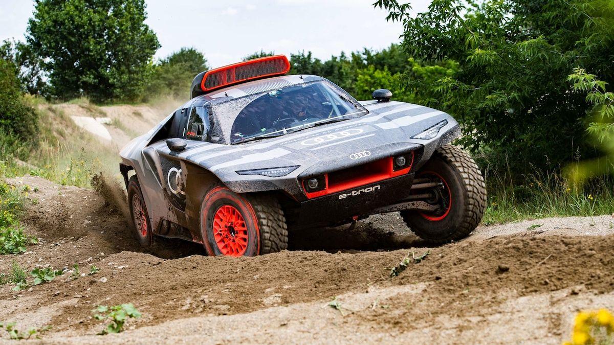 Audi odhalilo elektromobil pro Dakar, chce s ním jet už v roce 2022