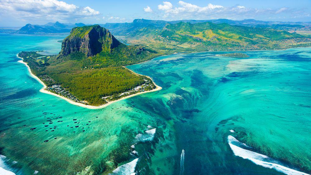 Mauricius otevřel hranice. Všechny turisty čeká dvoutýdenní karanténa