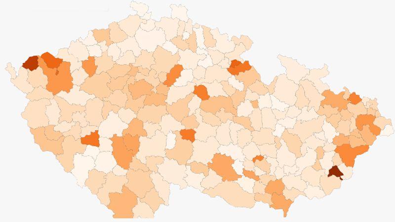 MAPA: V Luhačovicích a Kraslicích je razantní týdenní nárůst nových případů nákazy covidem