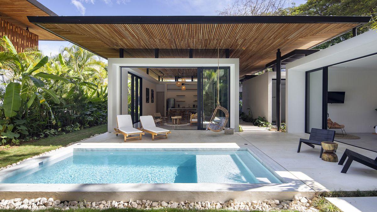 Přízemní dům nese název Naia One a má ložnice rozmístěné okolo společenské zóny.