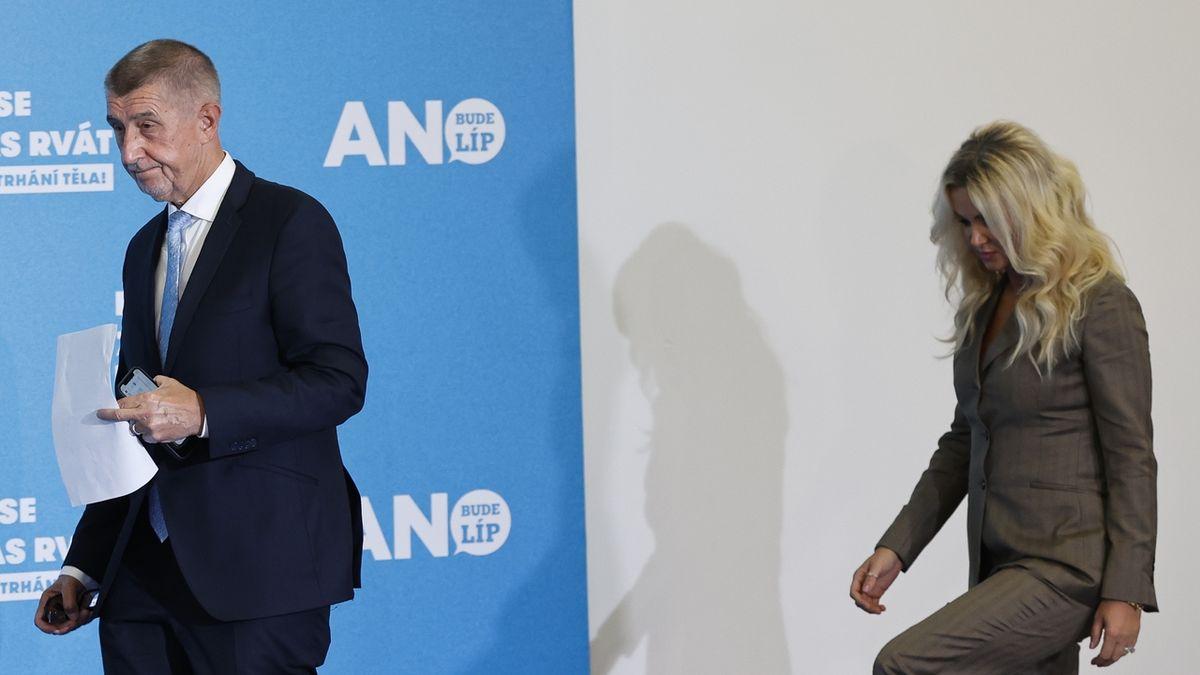 Premiér Andrej Babiš s manželkou Monikou