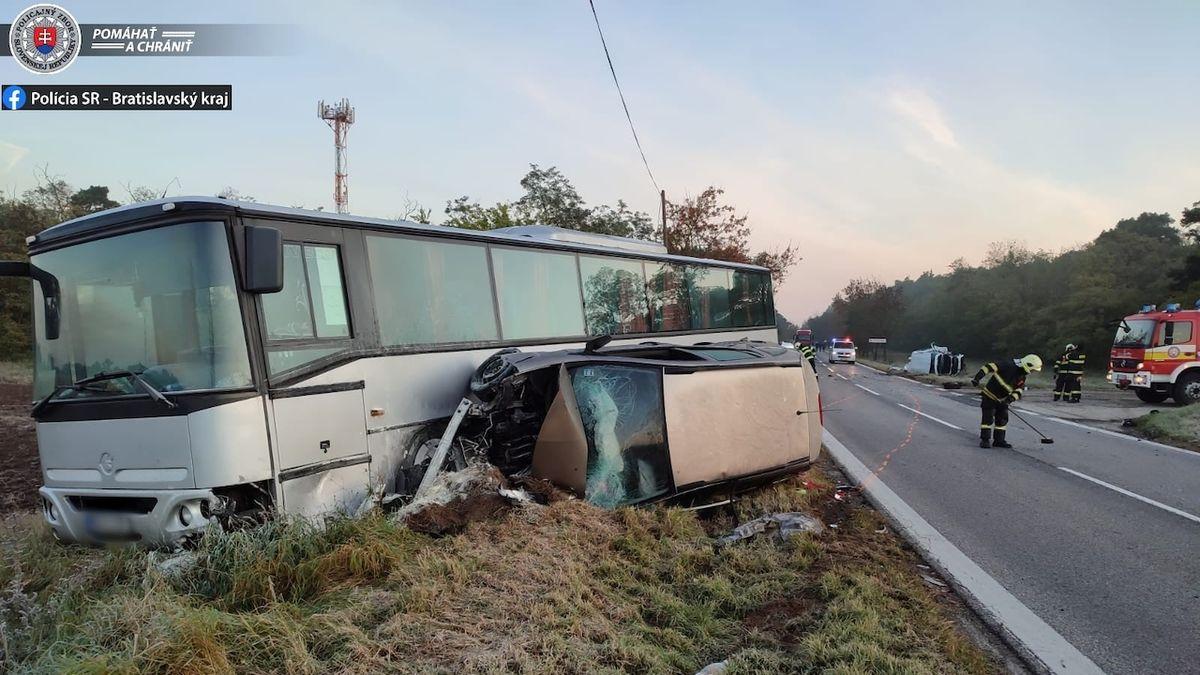 Následky čtvrteční nehody