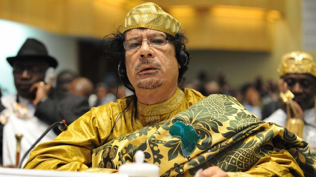 Krutý konec Kaddáfího Libyi nestabilizoval