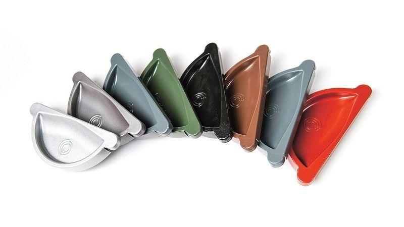 V případě okapového systému z pozinku s povrchovou úpravou můžete vybírat z více barev.