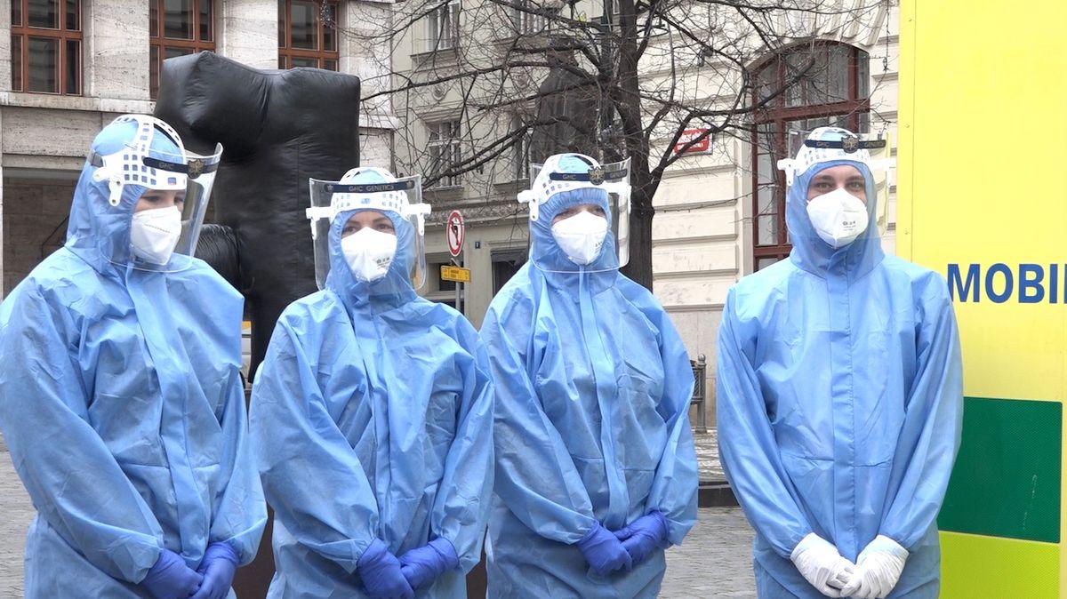 ON-LINE: V ČR přibylo přes pět tisíc nakažených