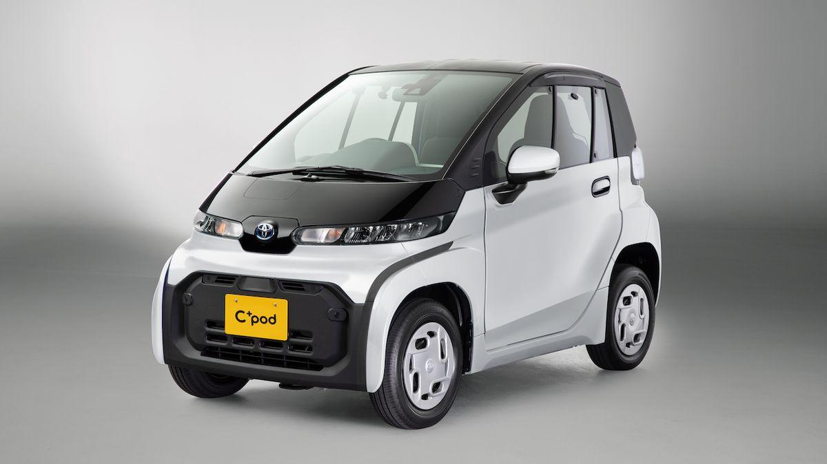 Toyota nabízí skutečně levný elektromobil. Má dvě sedadla a 12 koní