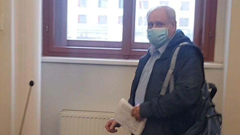 Muž z Plzně vyhrožoval státu atentáty v době covidu, dostal podmínku