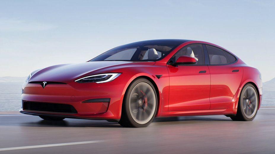 Tesla by na autech prodělávala, v zisku je díky emisním kreditům