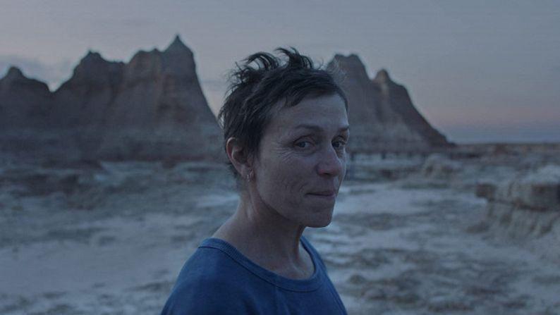 Země nomádů, která uspěla na Oscarech, má mít českou premiéru v květnu