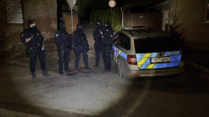 Ozbrojeného mladíka z Hodonínska našli mrtvého