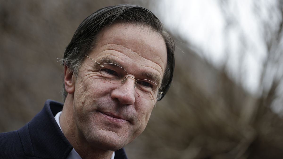 Nizozemský premiér Mark Rutte podle prvních odhadů vyhrál volby