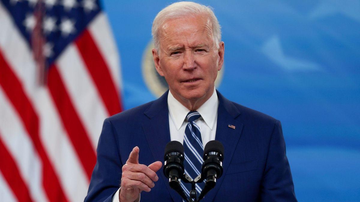 Biden zvýší firmám daně a utuží kontrolu