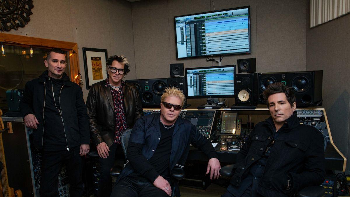 Kytarista Noodles z The Offspring: Nikdy jsme neměli pocit, že se topíme