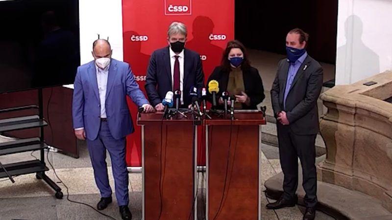 Hamáček někomu leží v žaludku, vzkázali poslanci ČSSD