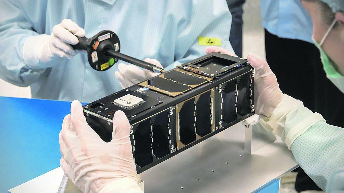 Česká družice ve vesmíru vydržela už čtyři roky