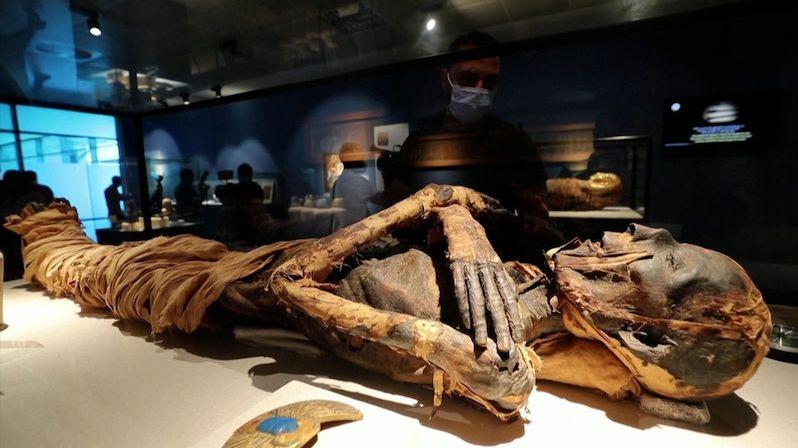 Kus egyptské historie ještě před odletem. Na káhirském letišti vznikla dvě muzea