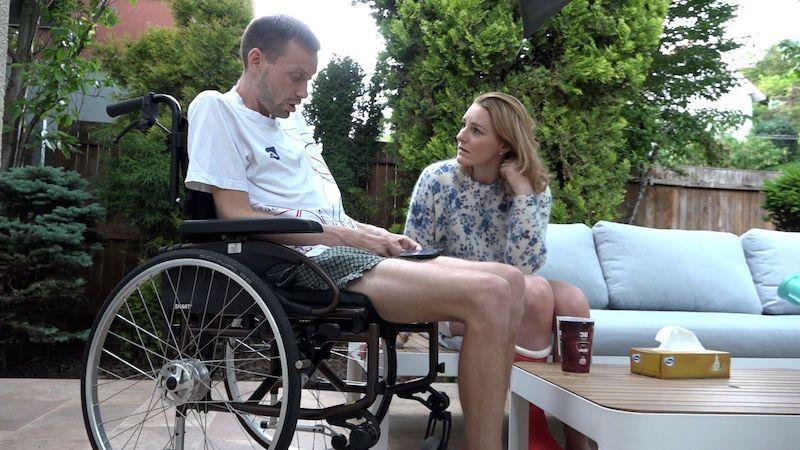 Otec dvou malých dětí onemocněl ALS. Rozhodl se pro asistovanou sebevraždu