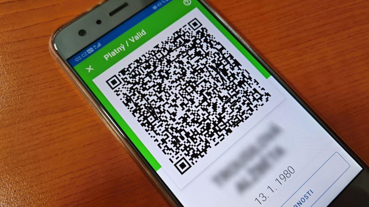 Stačí změnit datum a certifikát v mobilu zezelená. Oprava se nechystá