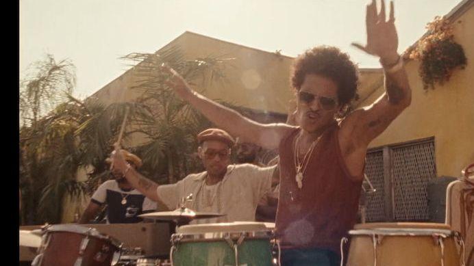 Bruno Mars s Andersonem. Mistři světa ve vykrádání funky sedmdesátek