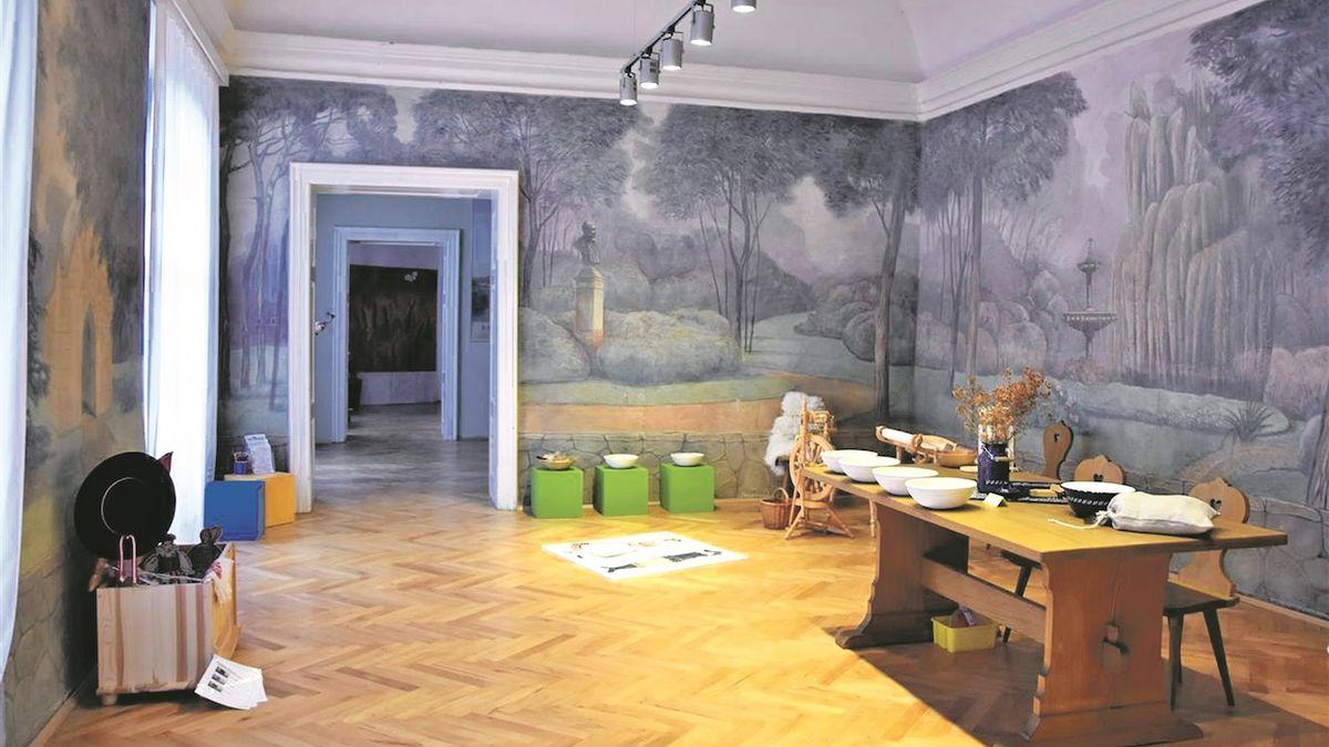 Malby v komnatách Znojemského hradu se restaurují