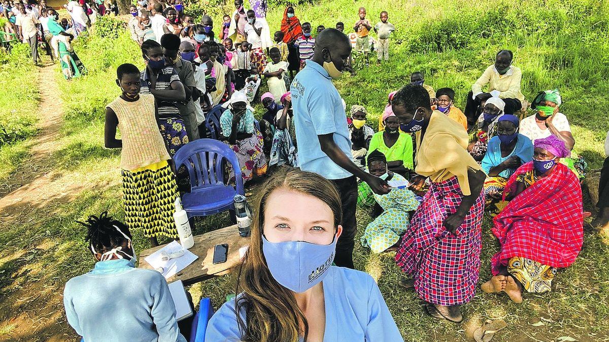 Lékařka ze Strakonic bojuje s covidem v Ugandě