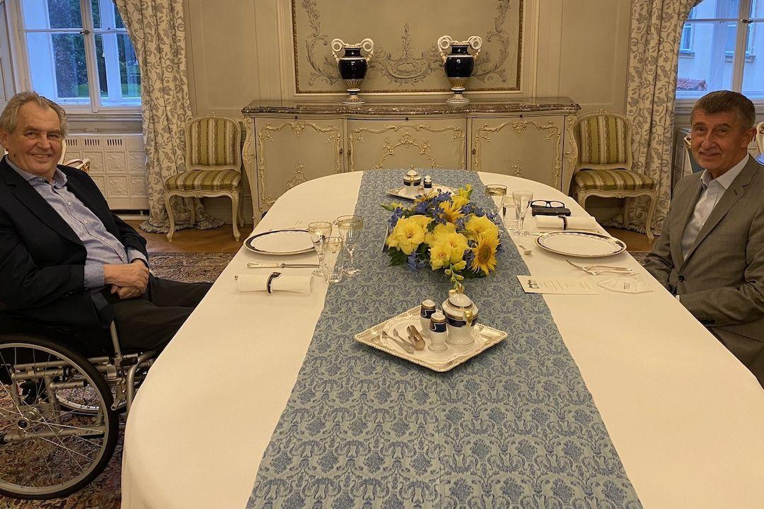 Prezident Miloš Zeman se sešel na pracovním jednání v Lánech s premiérem Andrejem Babišem.