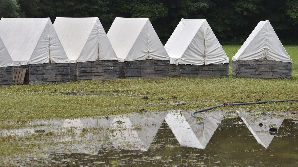 Hasiči evakuovali dětský tábor na Vysočině