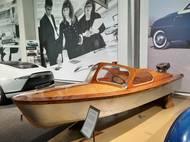 Než Saab začal vyrábět automobily, zaměřoval se na letadla a lodě.