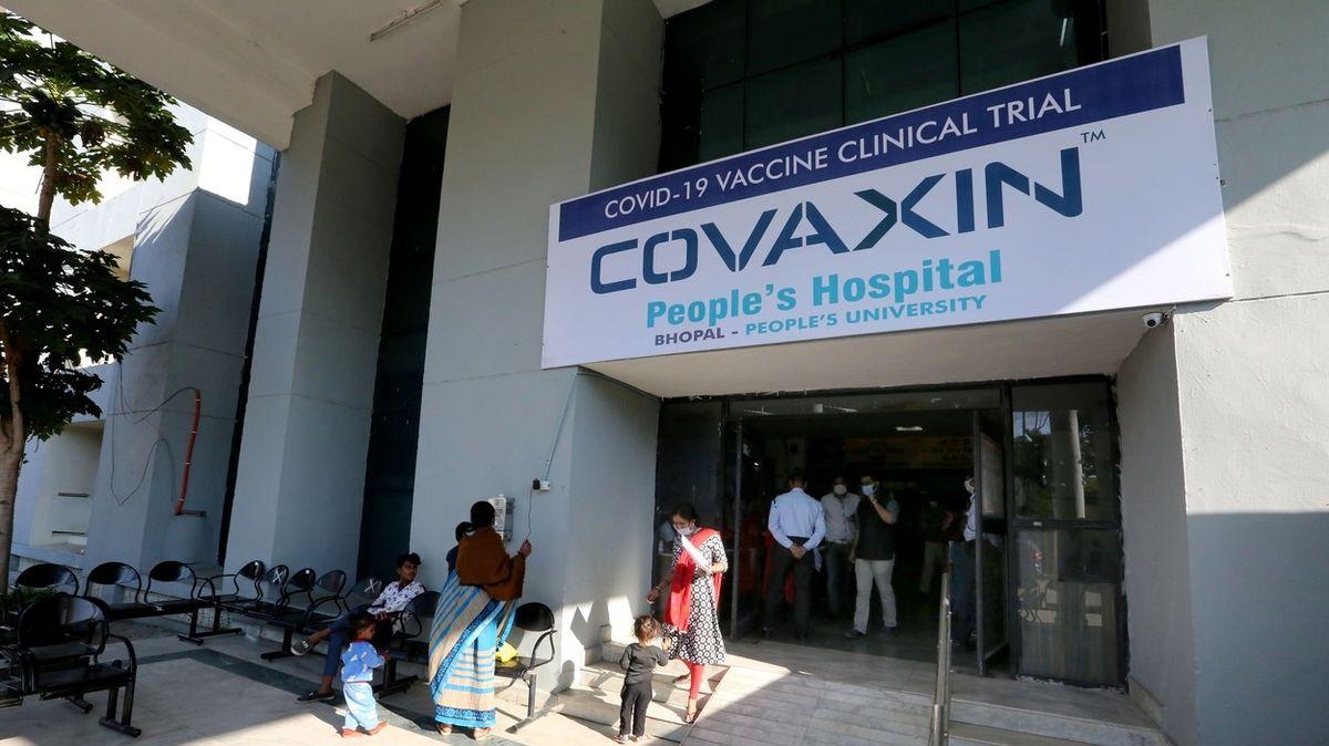 V Indii schválili vakcínu bez dat o účinnosti