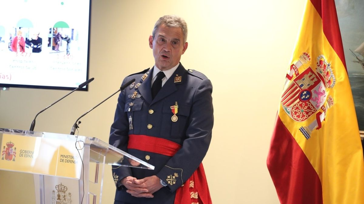 Španělský generál rezignoval kvůli předbíhání na očkování