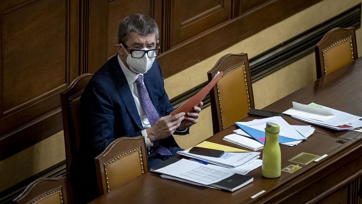 Do Česka zatím přišlo 250 000 vakcín