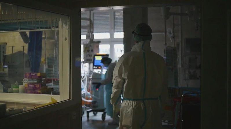 Veřejné zdravotní pojištění skončilo vzdor covidu v přebytku 5,8 miliardy