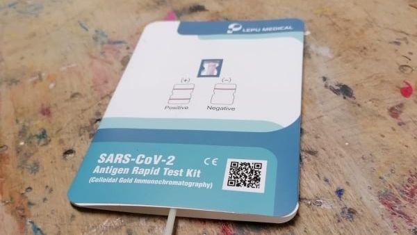 Antigenní testy jsou stejně spolehlivé jako PCR. V Praze 9 odhalily minimum nakažených školáků
