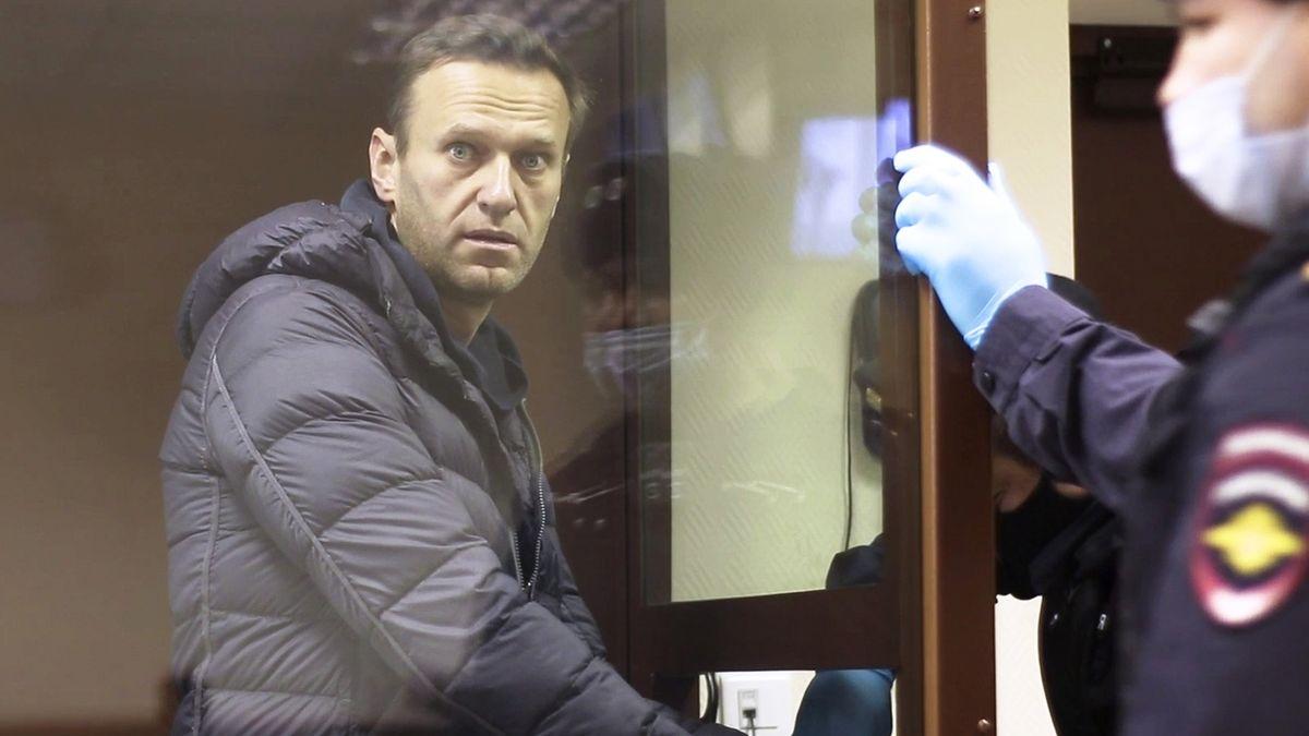 Navalnyj už není vězněm svědomí. Kvůli starému klipu o migrantech