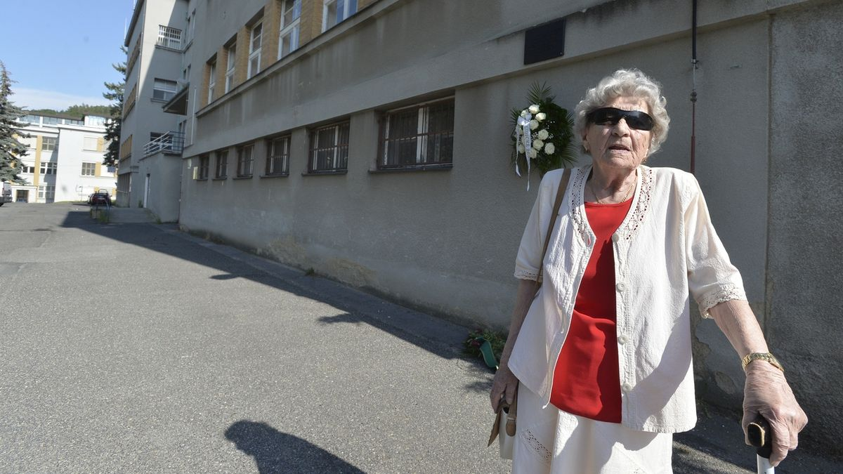 Zemřela Marie Šupíková, která přežila vyhlazení Lidic