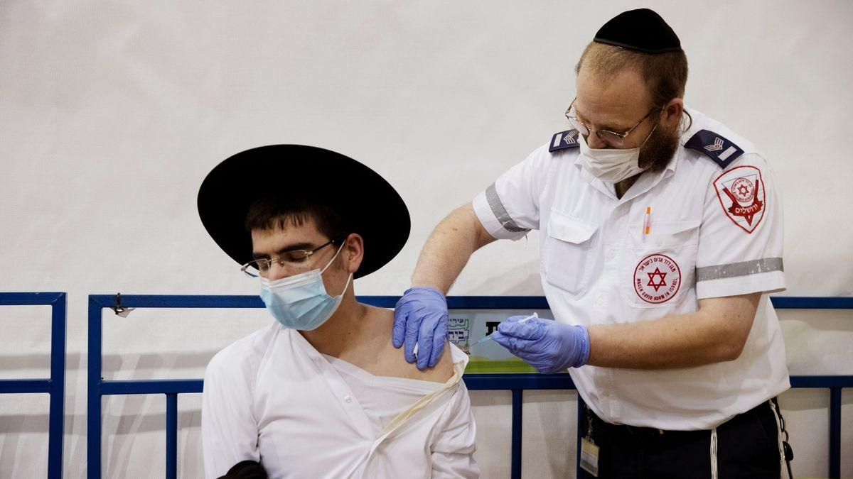 Izrael zveřejnil cenu za vakcíny Pfizeru