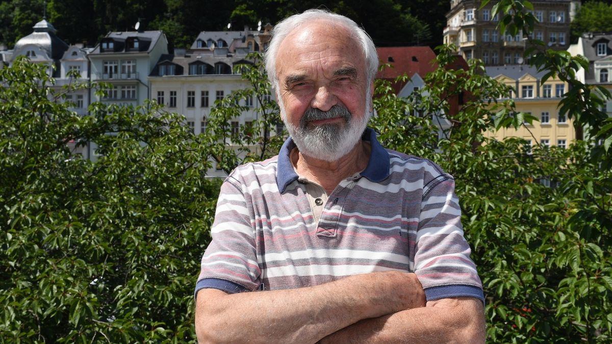 Zdeněk Svěrák začíná točit film Betlémské světlo: Smích by byl dobrý lék