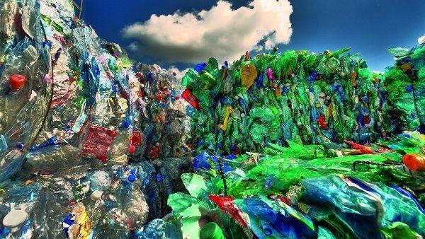 Bez plastu, bez skla ibez nového oblečení aneb Cirkulární ekonomika vpraxi