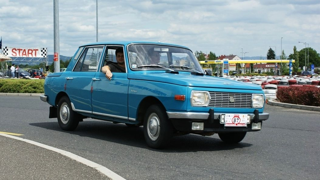 Prostorné wartburgy jsou dodnes ve stínu slavnějších trabantů. Výroba skončila před 30 lety