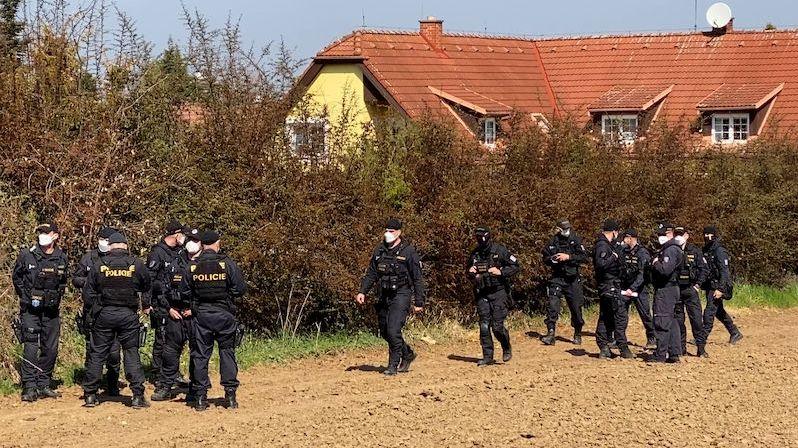 Pobodání v rodinném domě v Praze: Policie našla hledaného 14letého chlapce